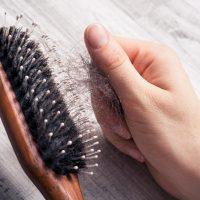 Nedostatak ovih vitamina i minerala dovodi do gubitka kose. Nadoknadite ih!